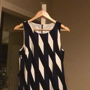 Trina Turk dress size 8 blue black and white print